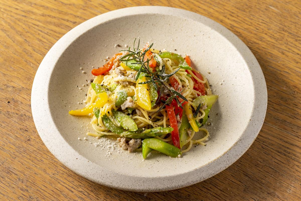 ラクレットチーズとサラミ<br>ジャガイモのピッツァ